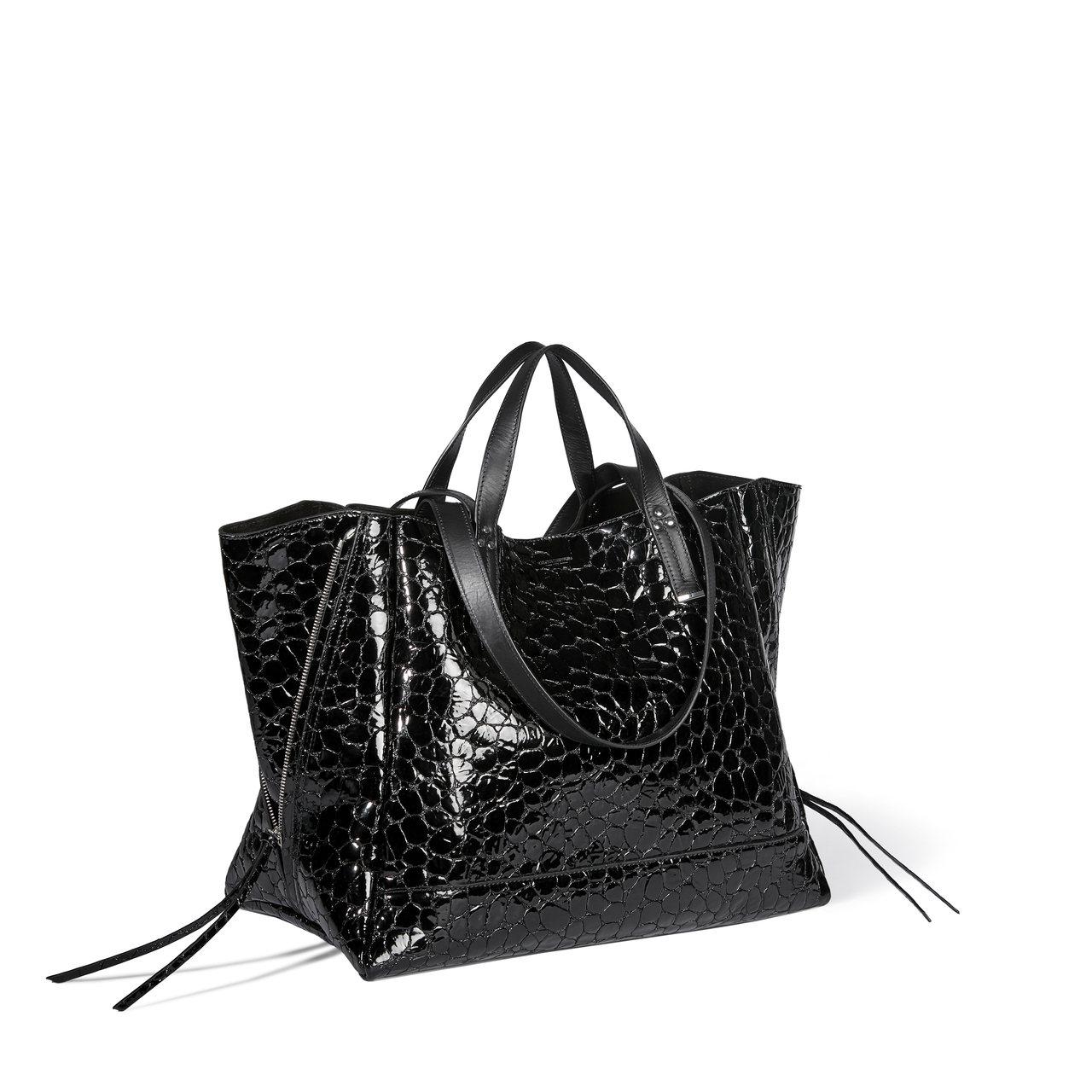 Georges炭晶黑鱷魚壓紋小羊皮手袋,售價46,800元。圖/Jérôme D...