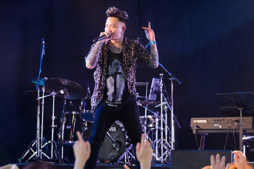 蕭秉治首度以個人身份登上日本頭號音樂祭「Summer Sonic」。圖/ShoL...
