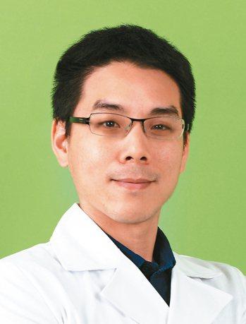 周博敏 醫師台大醫院泌尿部主治醫師