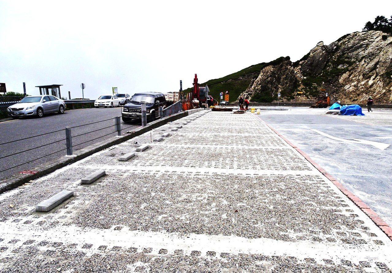 經過3個多月的整修,合歡山周遭風景區停車場將陸續完成整修,武嶺停車場本周啟用。圖...