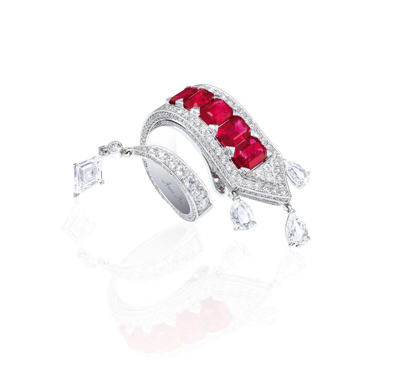 胡茵菲絲路音樂系列熱情Appassionata戒指,紅寶石配鑽石,估價約260萬...