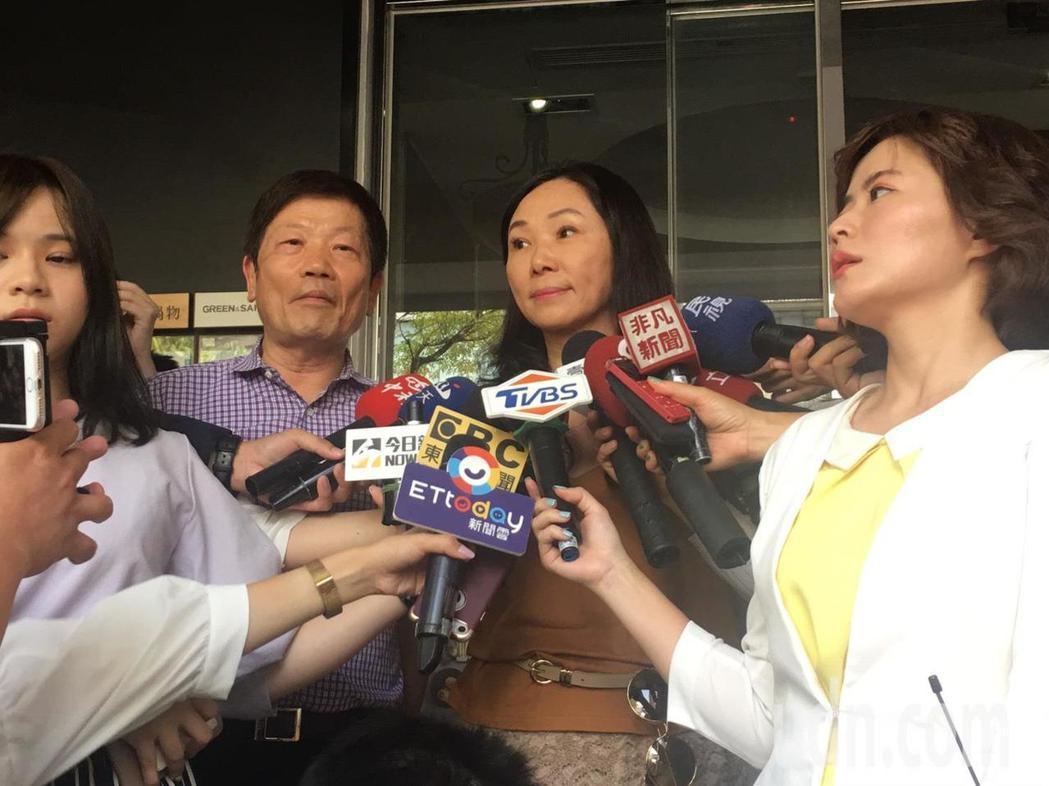高雄市長韓國瑜夫人李佳芬今天下午到台北市永康商圈參加活動。記者魏莨伊/攝影