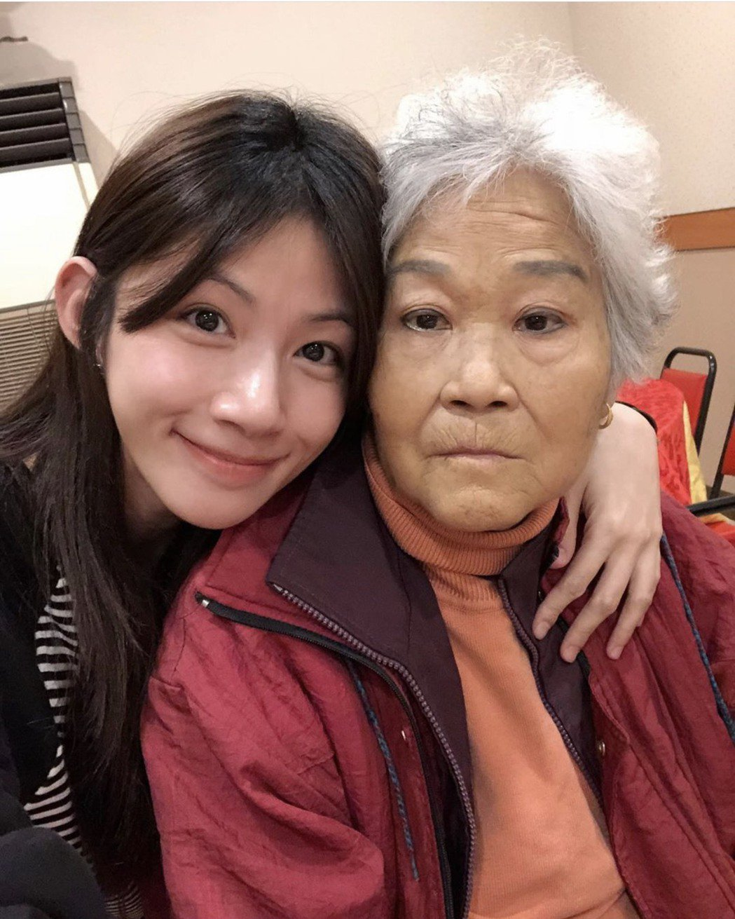 李千那痛心最親愛的奶奶過世。圖/摘自IG