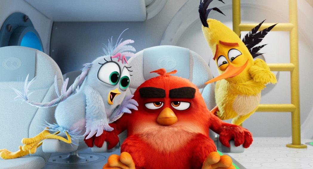 《憤怒鳥玩電影2:冰的啦》集合原班人馬,很適合闔家欣賞。圖╱索尼提供