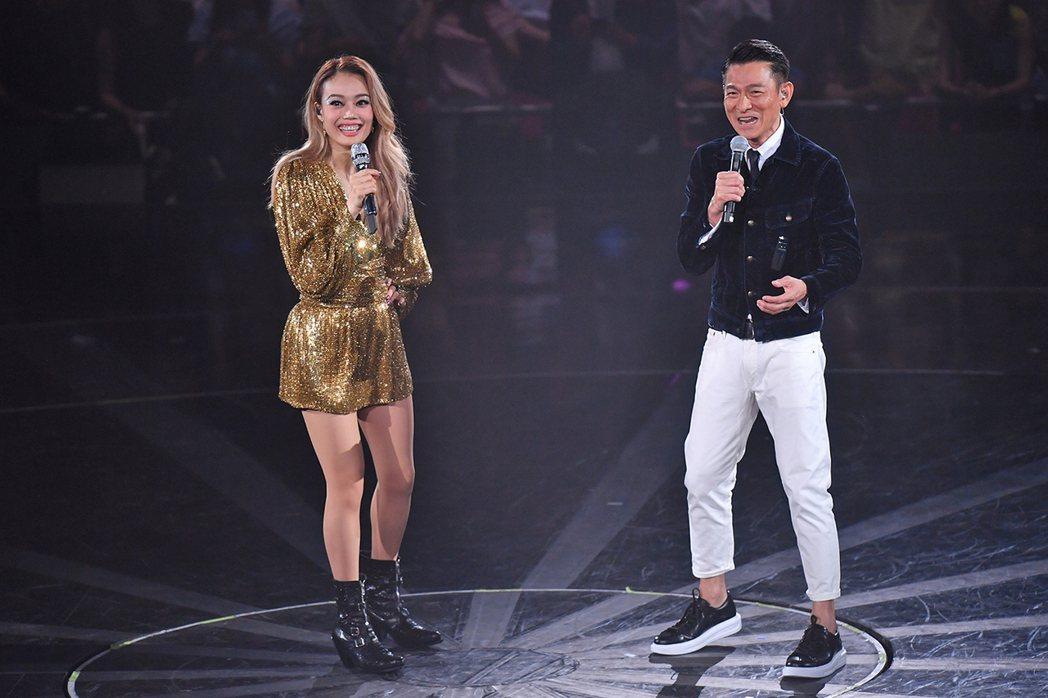 容祖兒香港紅館第12場演出,嘉賓請到天王劉德華。圖/英皇娛樂提供