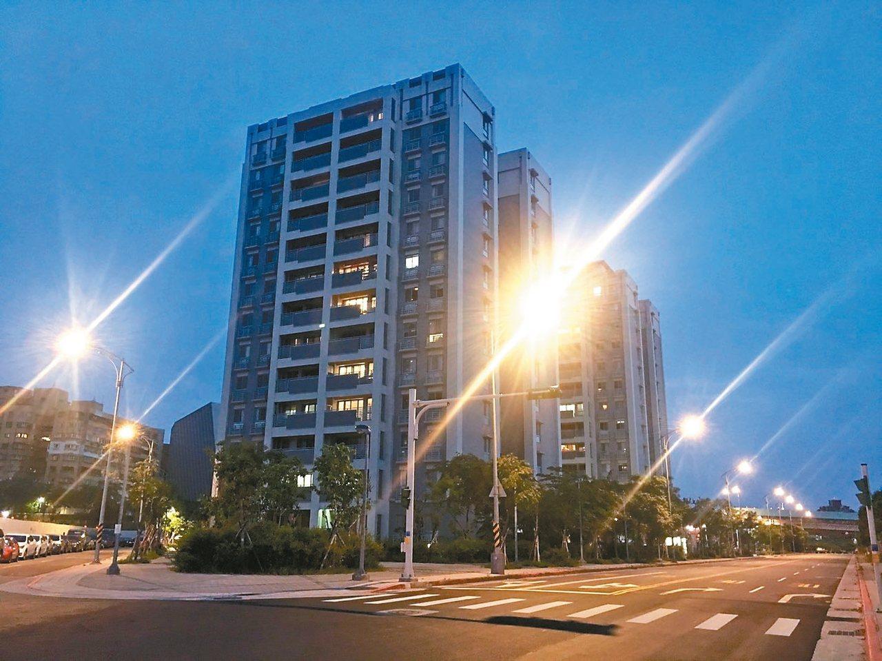 市府為興建士林科技園區進行區段徵收,並興建專案住宅。 記者魏莨伊/攝影