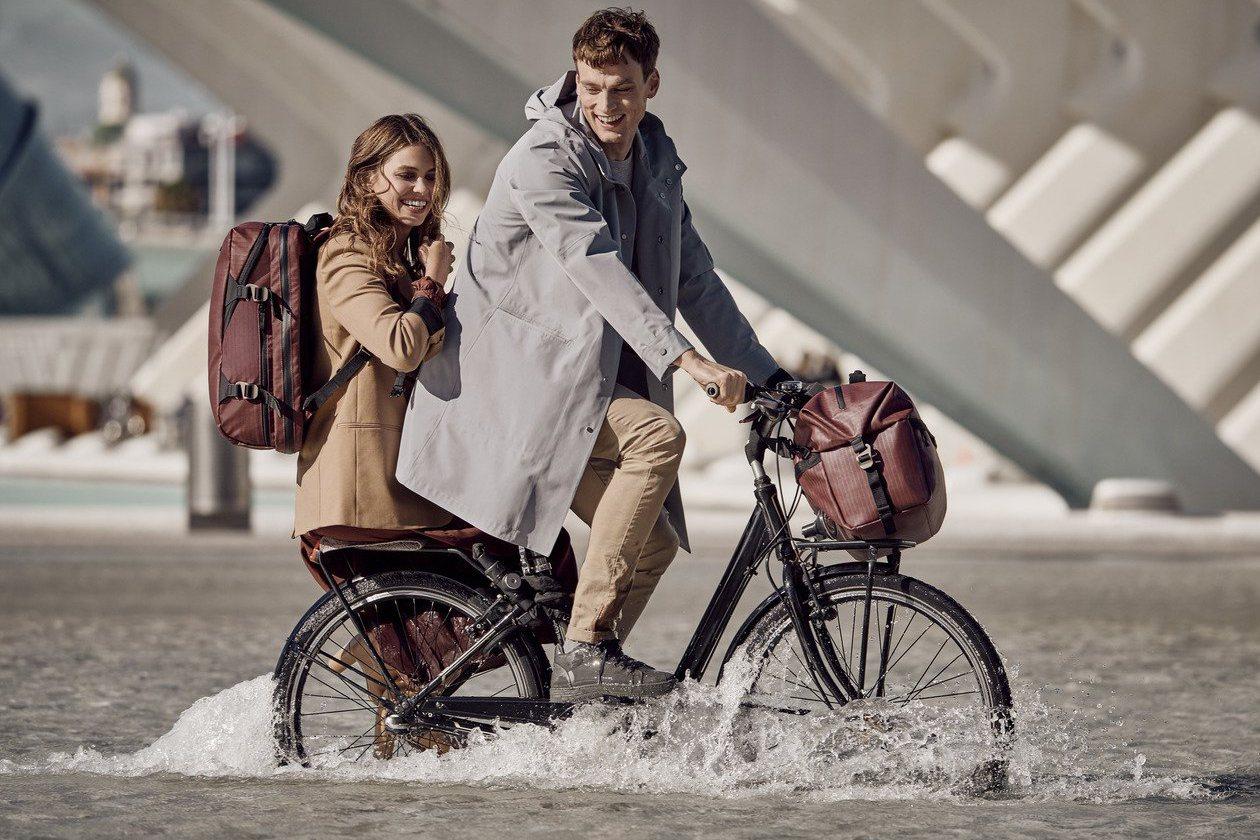 Victorinox全新的Vx Touring 系列行李箱、袋,結合堅韌物料及智...