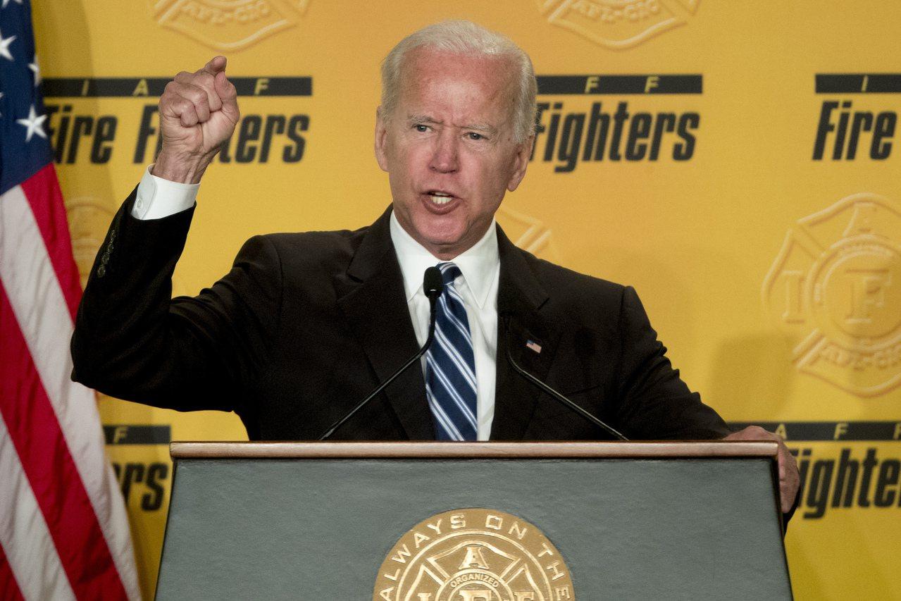 據說歐巴馬不鼓勵白登(圖)參選總統,但白登堅持出馬,歐巴馬還是暗中相助。 美聯社