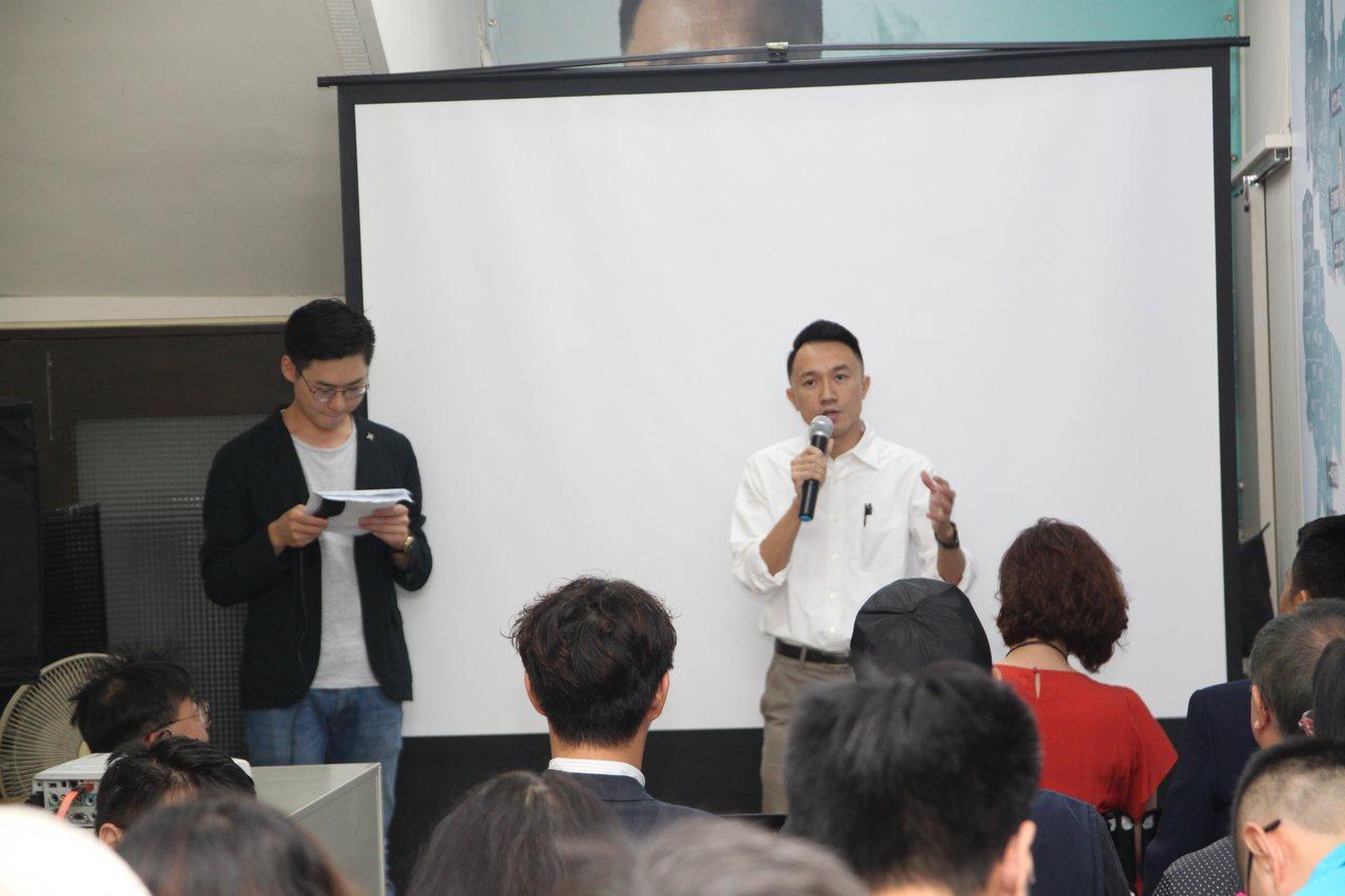 有意參選台中市下屆第五選區立委的楊宗澧,上午舉辦競選辦公室開幕。記者黃寅/攝影