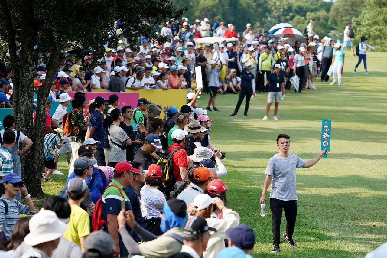 「2019中國信託女子公開賽」決賽現場吸引超過5,000位球迷為選手喝采,創下林...