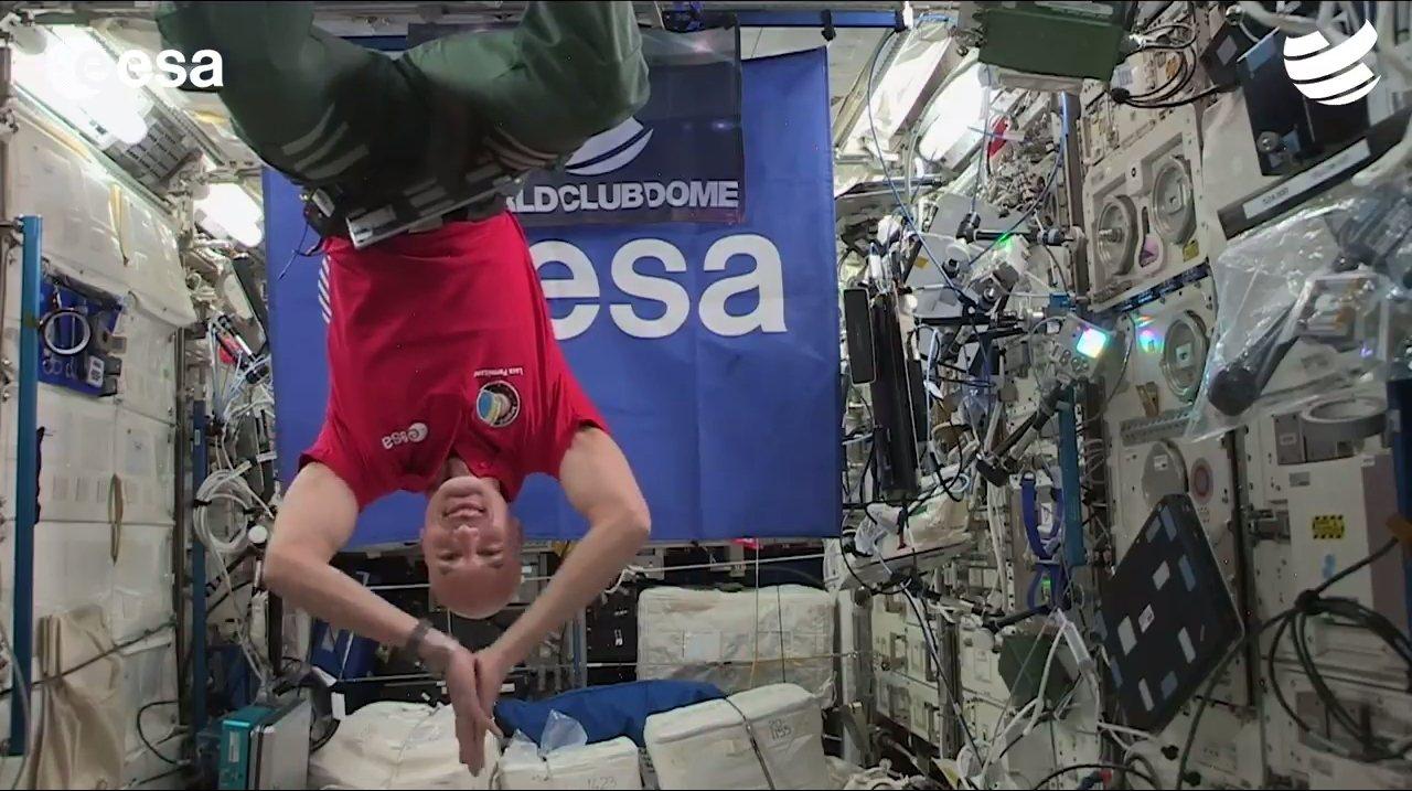 義大利的太空人帕爾米塔諾(Luca Parmitano)13日化身DJ,從國際太...