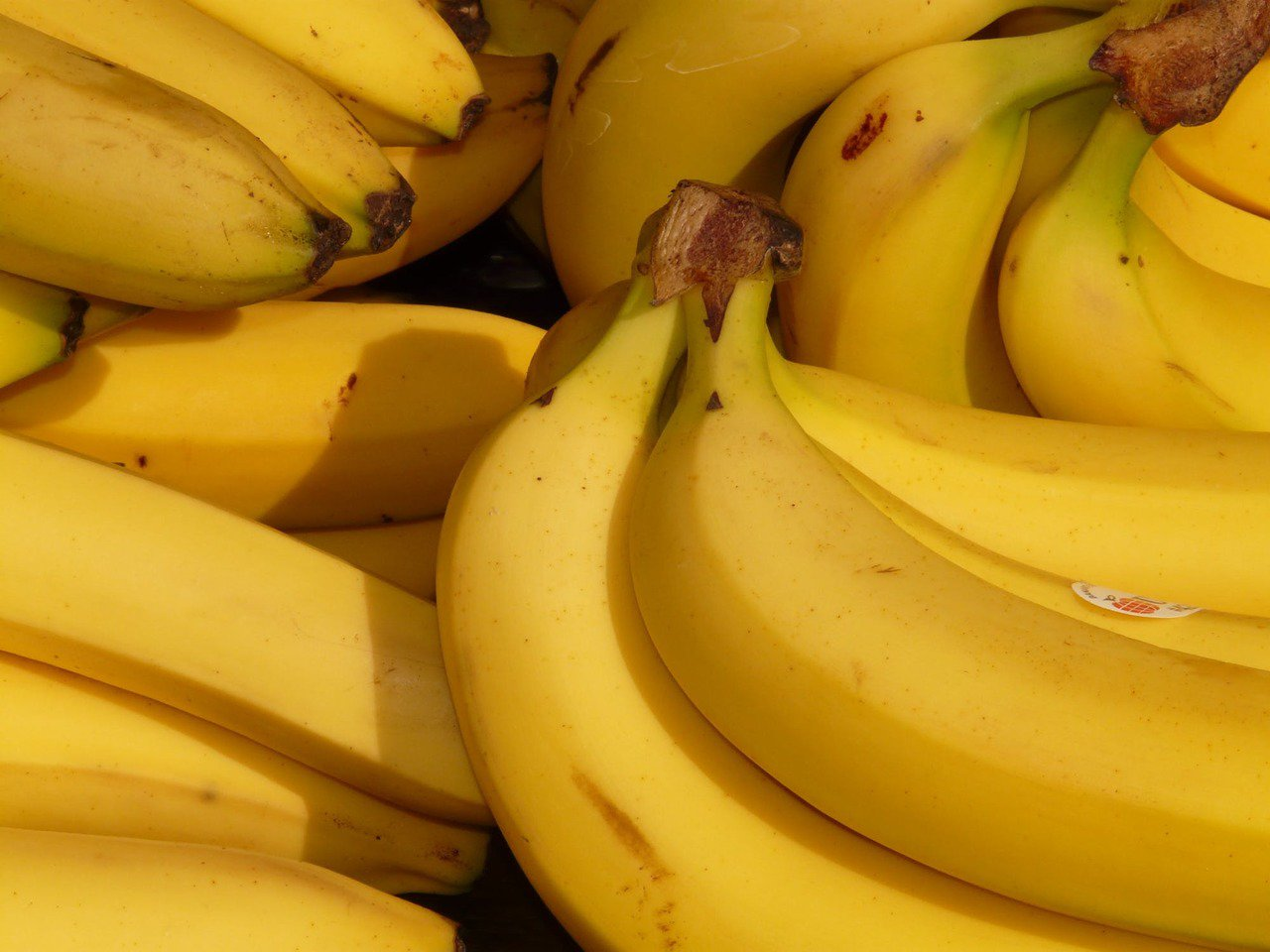 香蕉不只可以幫助便秘,飯後一根香蕉,還能助消化。圖/摘自 pexels