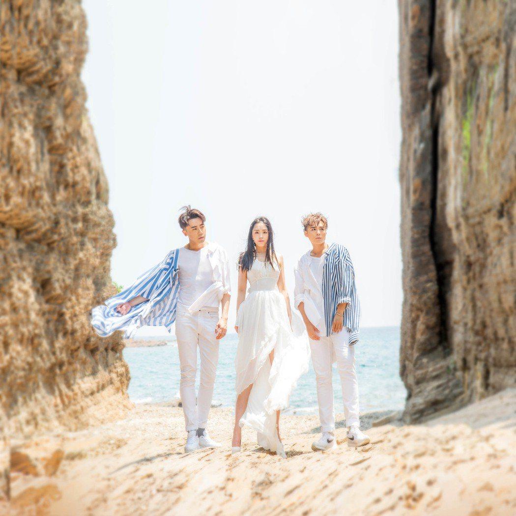 澳門組合「MFM」推出首張國語專輯。圖/超級亞洲娛樂提供