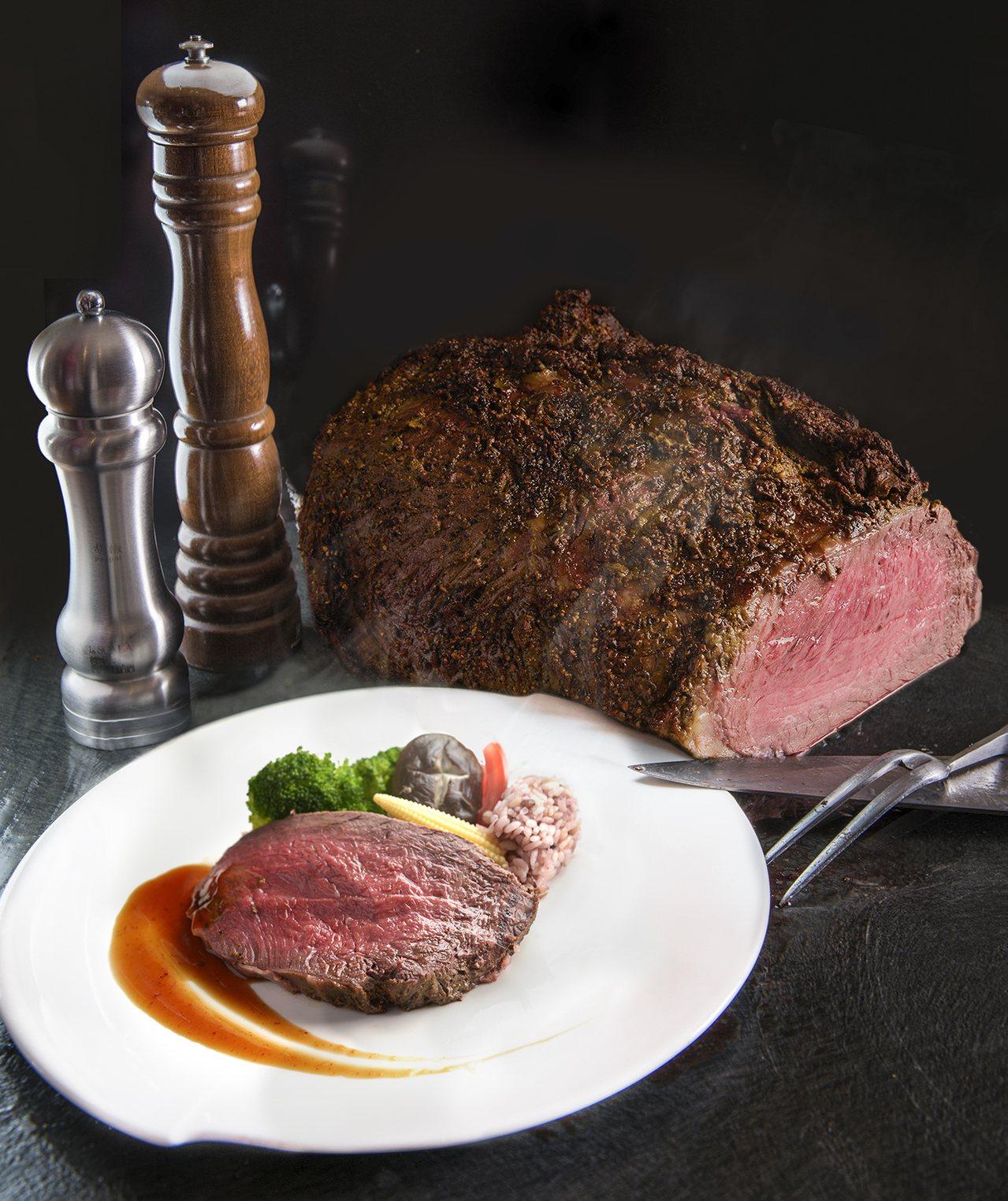 漢來海港自助餐推美國極黑和牛吃到飽。圖/漢來飯店提供