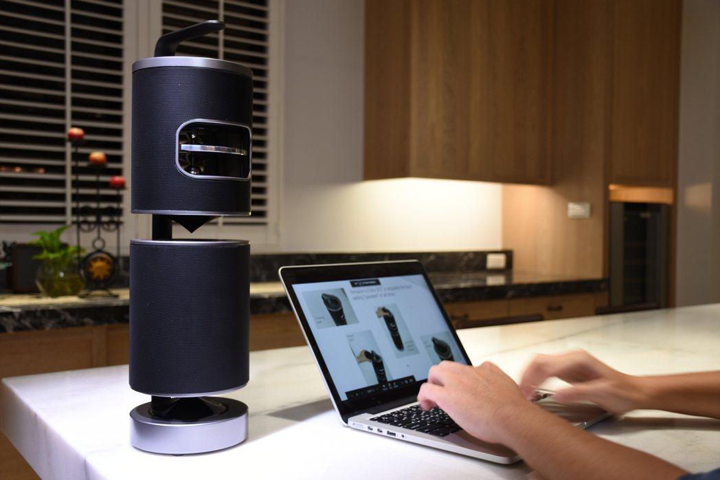 顛覆傳統的創新音響「UPstage360」,主打360度無死角聽覺享受。 業者/...