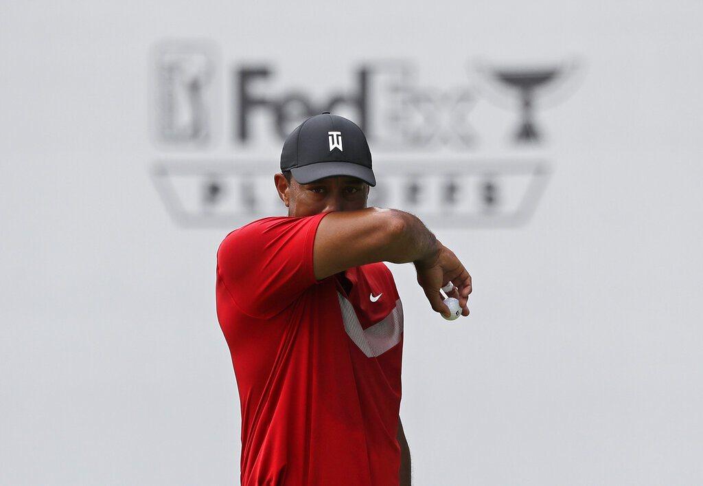 老虎伍茲在聯邦快遞杯積分從季後賽開打前的第28名掉到第38名,也代表他無緣參與巡...