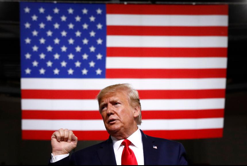 最新的調查顯示,多數經濟學家預測美國經濟將在明年或後年步入衰退。 美聯社