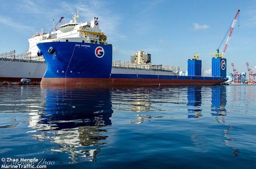 潛舉式甲板重貨載運。 圖片來源/「marinetraffic.com」網站