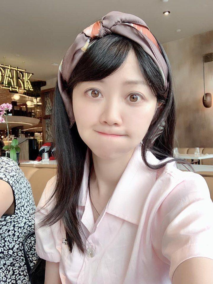 台北市議員高嘉瑜認為自己年輕時與現在沒顯著的差異。圖擷自facebook