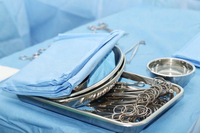 英國一名外科醫師表示,將會於年底前進行的一次豬腎移植到人體的手術。 圖/ingi...