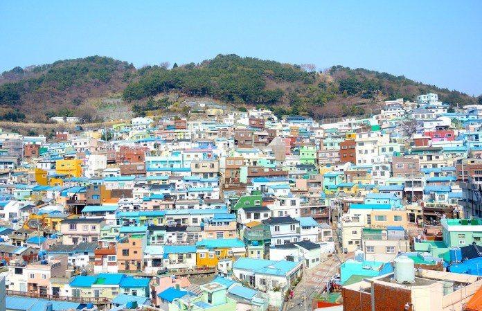 ▲韓國釜山景點推薦-甘川洞文化村。(圖/Pixabay)