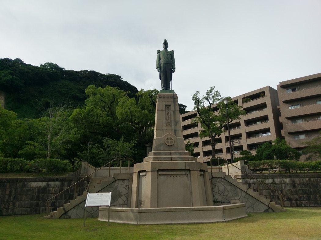 「島津忠義」銅像