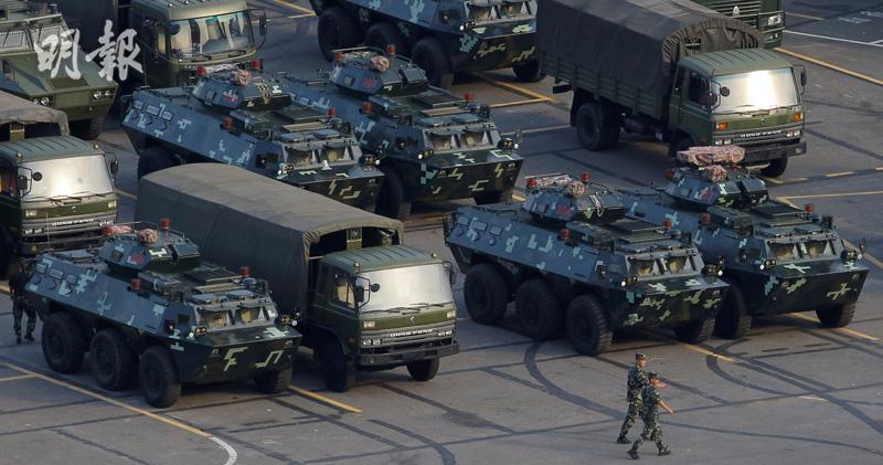 中共武警部隊在深圳集結,並進行大練兵。取自香港明報