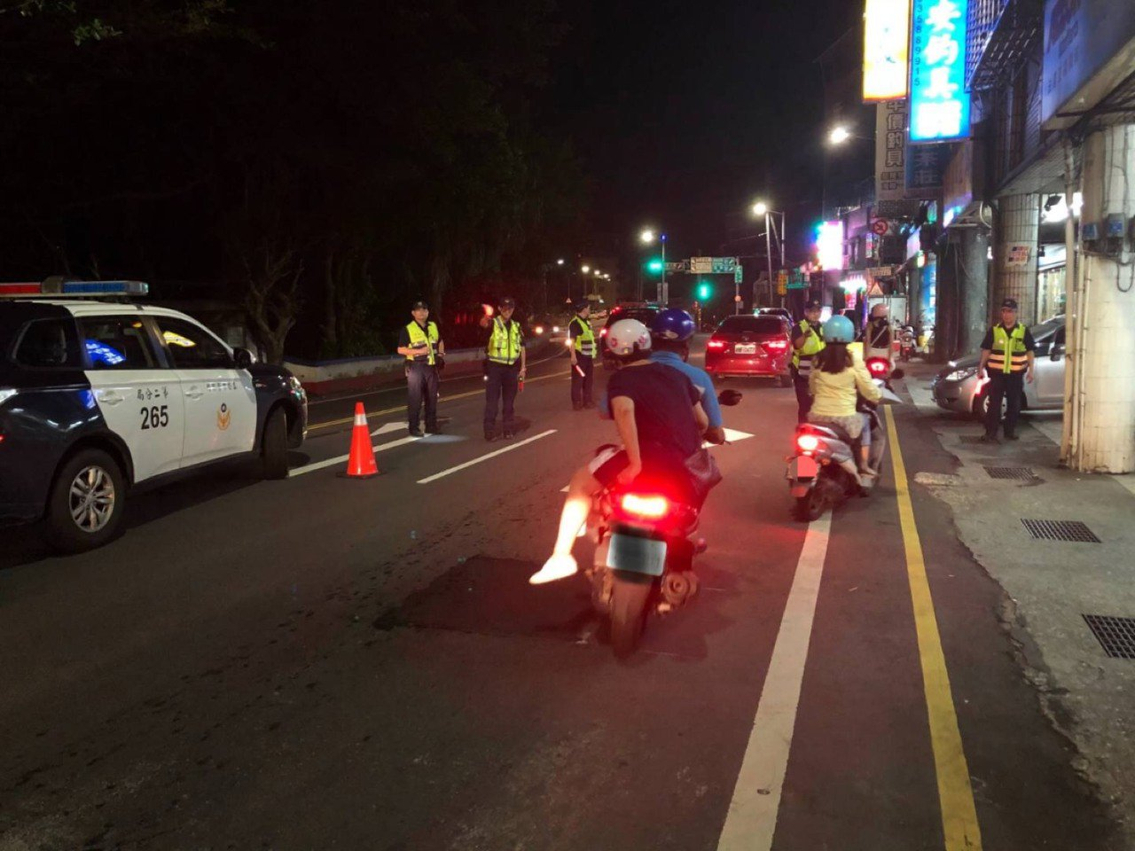 基隆市警方預告21日至23日將執行取締酒後駕車大執法,在易肇事路段實施路檢,遏止...