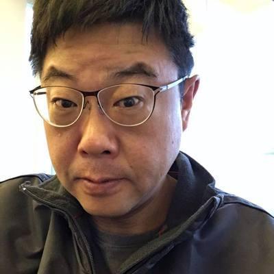 文化大學新聞系主任胡幼偉。圖/取自臉書