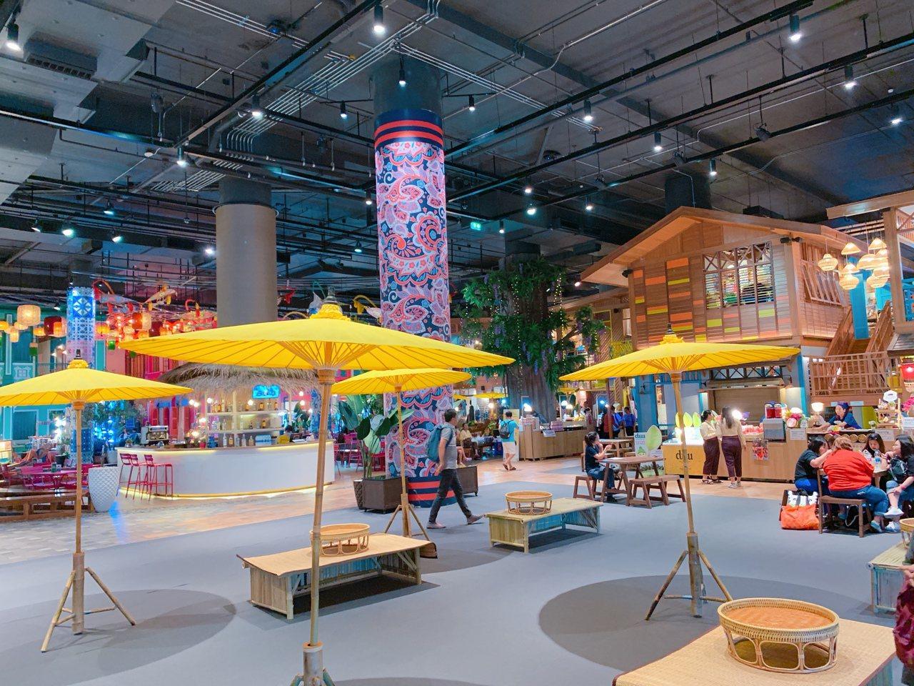 「SOOKSIAM」匯聚全國美食、藝術和文化商店,多樣化選擇一次滿足。記者徐力剛...