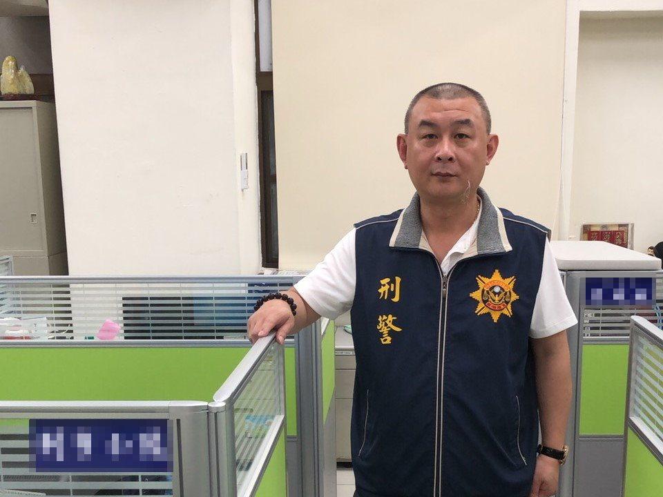 刑事小隊長蔡勝昌有個綽號叫「蔡妙妙」或「蔡阿妙」,緣起於28年前從警趣事。圖/新...