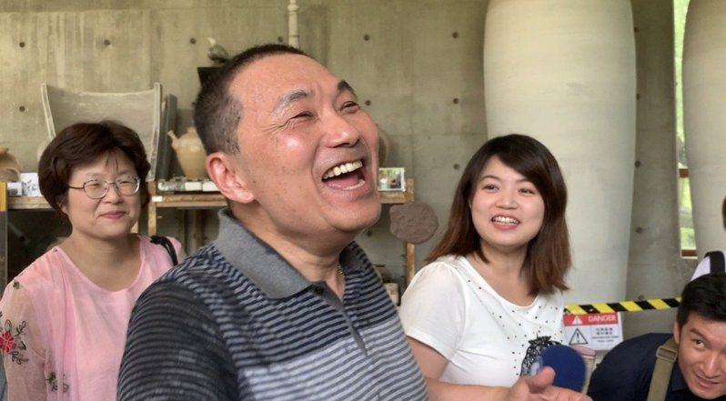 新北市長侯友宜拒接韓國瑜競選總部主委被南投縣長林明溱怒嗆,他聽完大笑好幾聲。本報資料照片