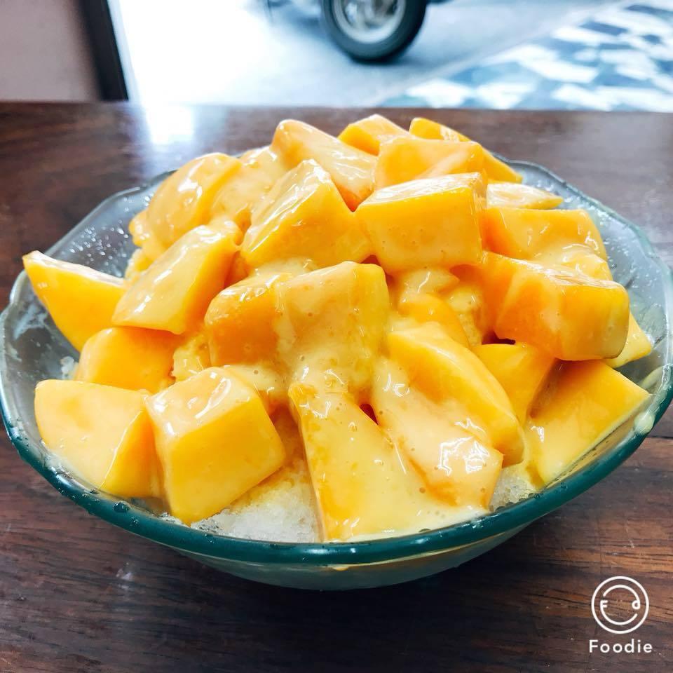 老闆大推單一口味的「鮮芒果牛奶冰」。圖/婷亭自助冰城授權提供