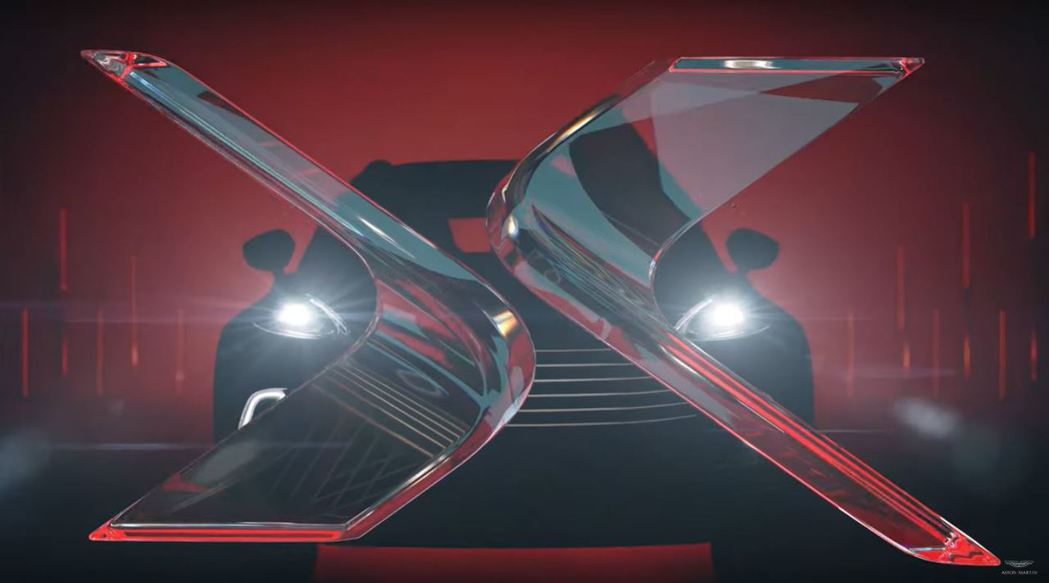 DBX預告片走一個007片頭風格。 摘自Aston Martin