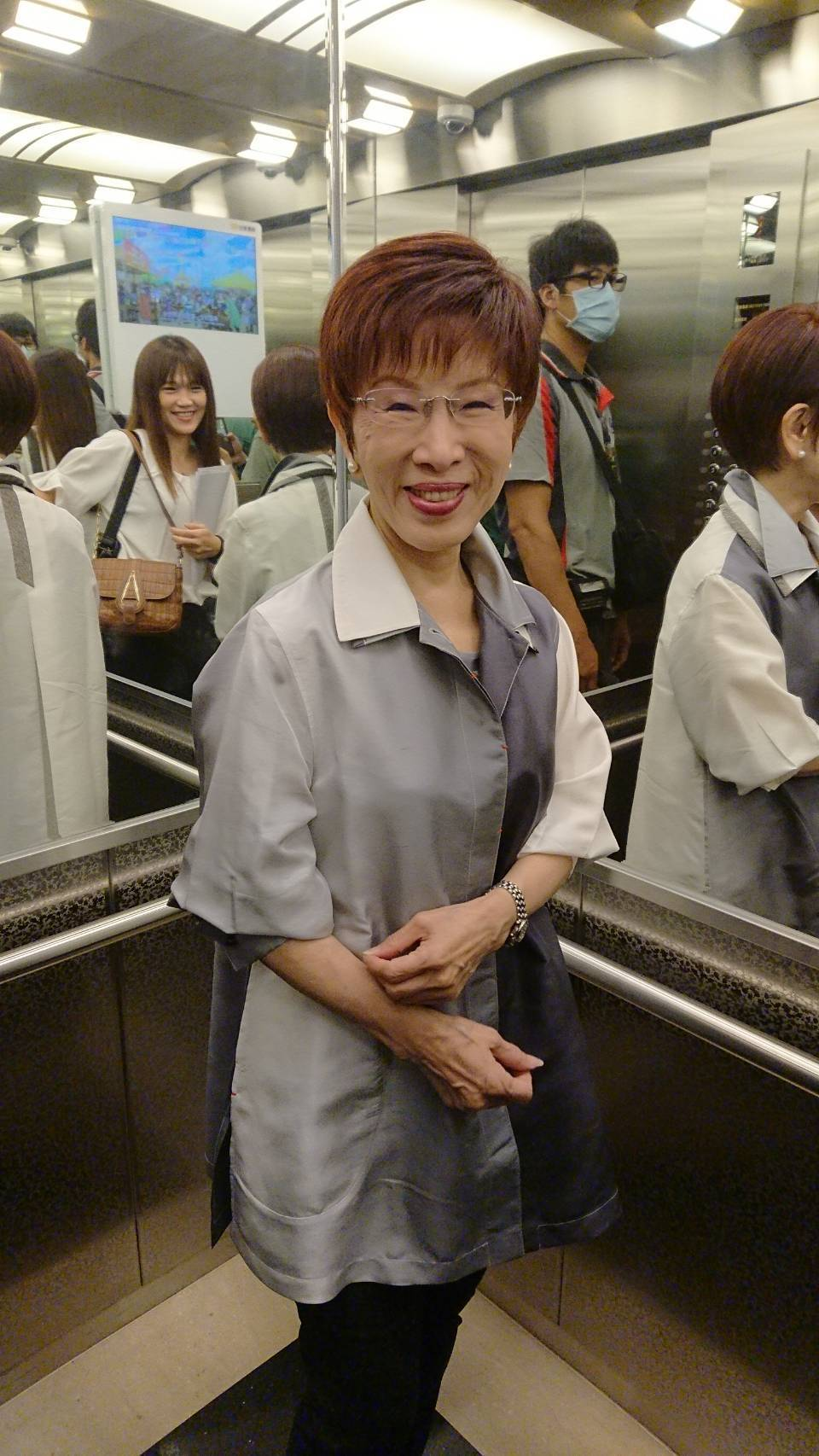 國民黨黨主席吳敦義上周中常會上表示,再提一中同表的人沒資格當國民黨員,被解讀劍指...