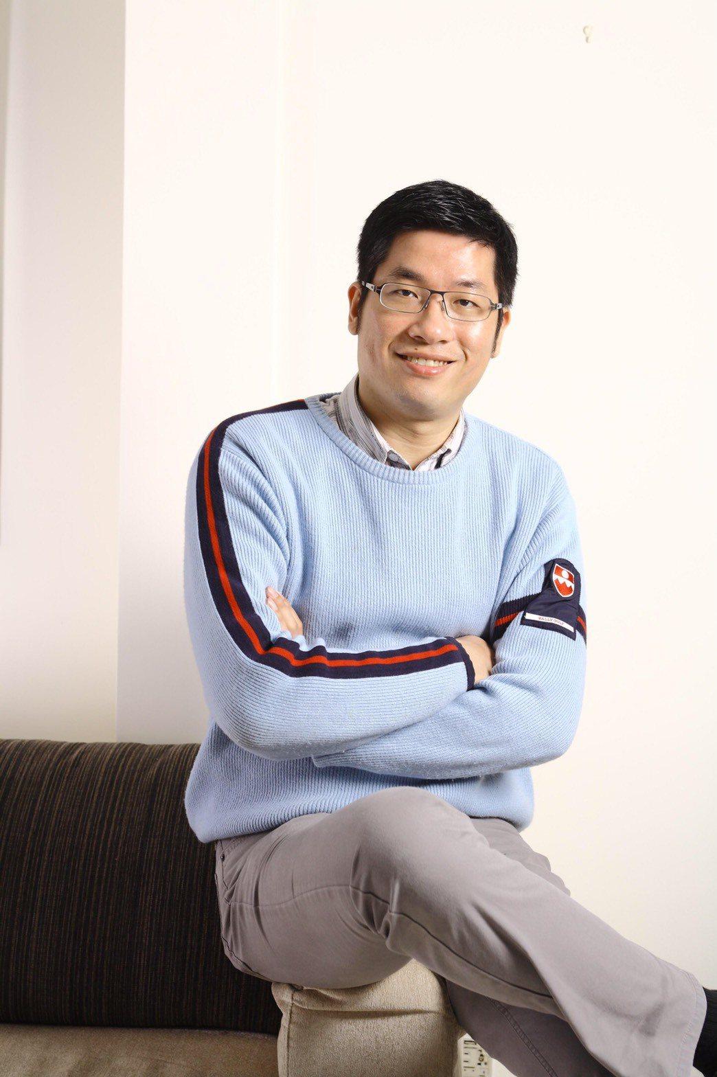 風水咨詢師李咸陽分享2大購屋訣竅,化解民眾對嫌惡設施觀感。圖/李咸陽提供