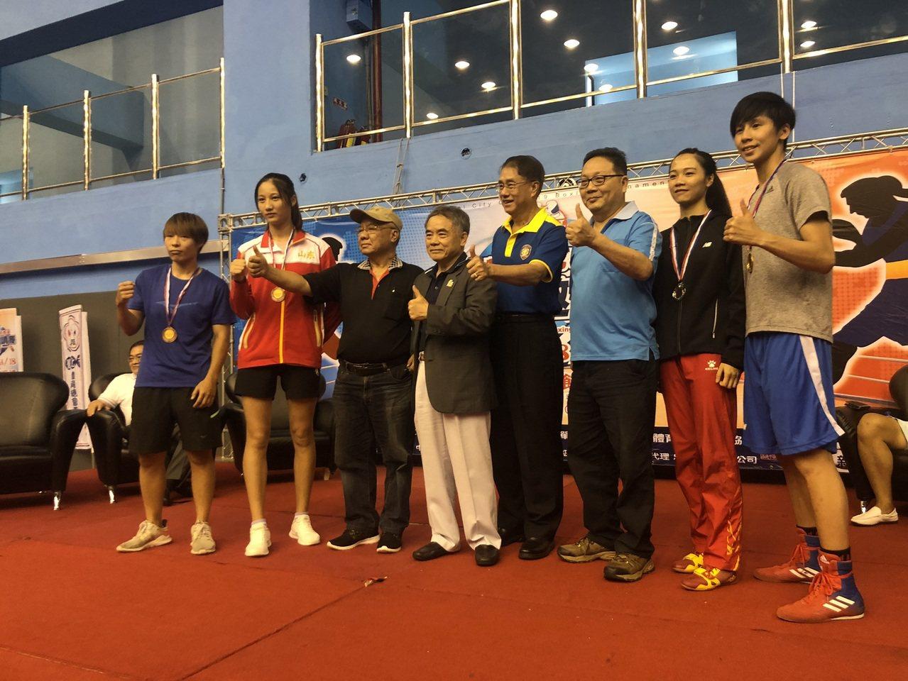 第九屆台北城市盃國際拳擊邀請賽中華隊以七金成績作收。圖/中華民國職業拳擊協會提供