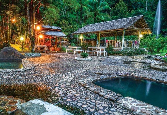 瑪拉樂溫泉度假村坐落在原始自然環境中。圖/馬來西亞觀光局提供