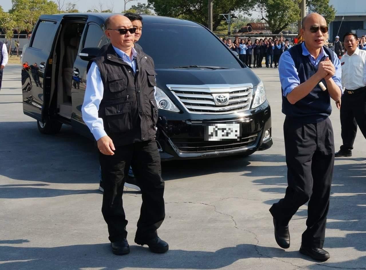 高雄市長韓國瑜自曝座車疑遭加裝追蹤器,檢警了解中。圖/本報系資料照