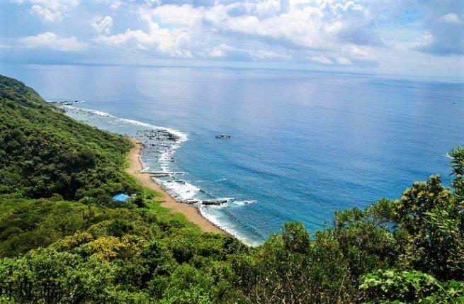 墾丁國家公園南仁山生態保護區濱臨太平洋的溪仔口段海岸,在管制35年後,墾管處今年...