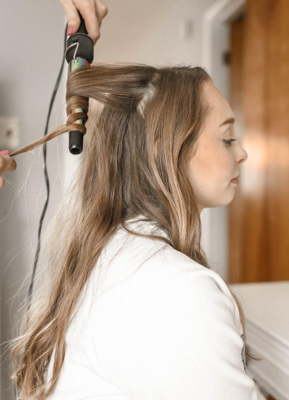 染燙髮會讓秀髮受損,什麼樣的方式才不會讓秀髮更毛躁。圖/摘自 pexels