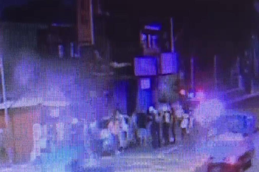 影╱樹林卡拉OK店遭擲信號彈砸場 還險些波及無辜民眾