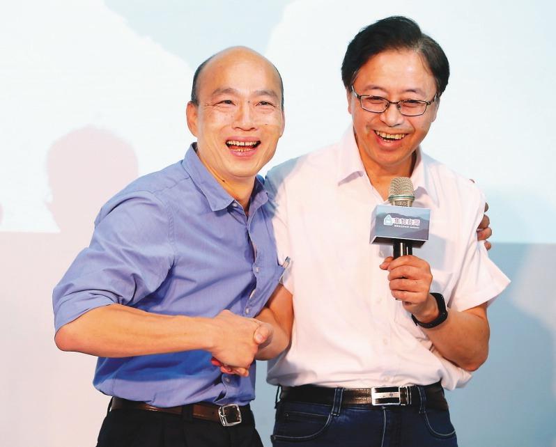 韓國瑜(左)和「國政顧問團」總召集人張善政。 圖/聯合報系資料照片