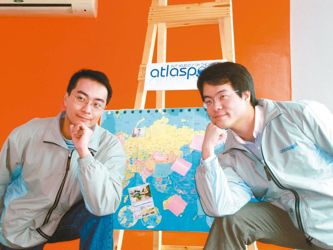 當初郭家齊(左)一個自己的產品概念,後來變成了台灣知名的社群網站地圖日記。 創業...