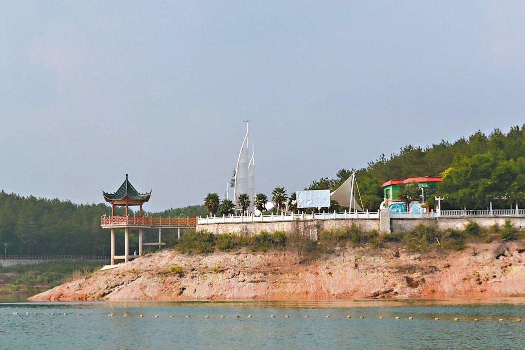 丹江口水庫,是大陸重要濕地保護區。 特派員王玉燕/攝影