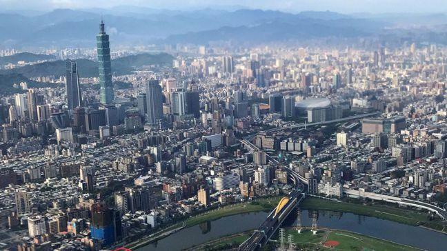 睽違五年後,台灣經濟表現今年可望重登四小龍之首。 圖/路透