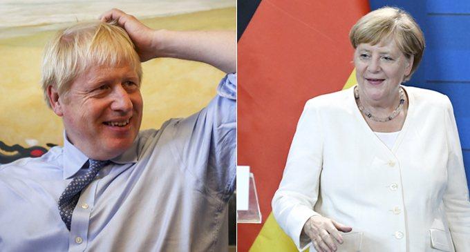 英國首相強生(左)與德國總理梅克爾(右)會面。 歐新社合成照