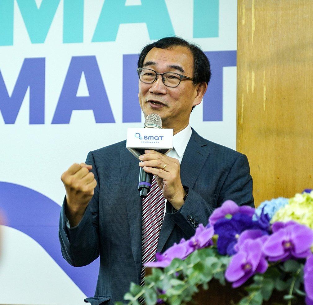 台灣智慧移動產業協會理事長王健全表示,隨著業界陸續推出新產品,2019年可說是台...