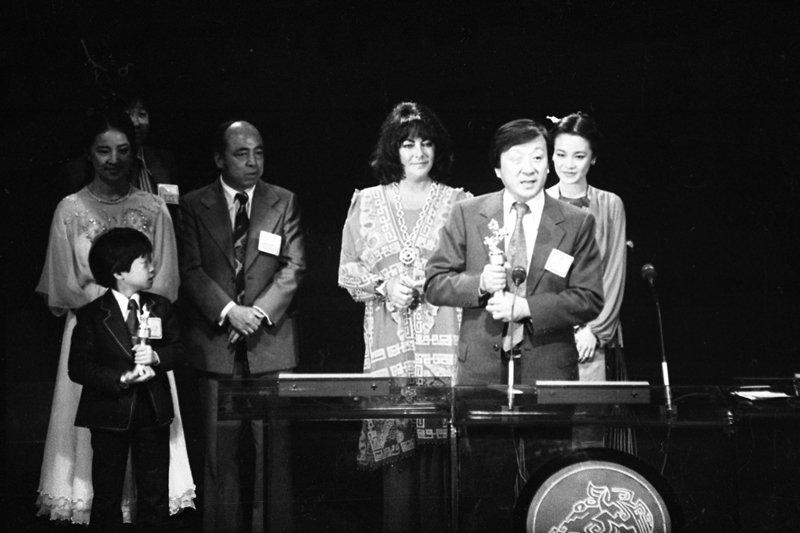 圖為1979年金馬獎頒獎典禮,李行發表得獎感言。 圖/聯合報系資料照