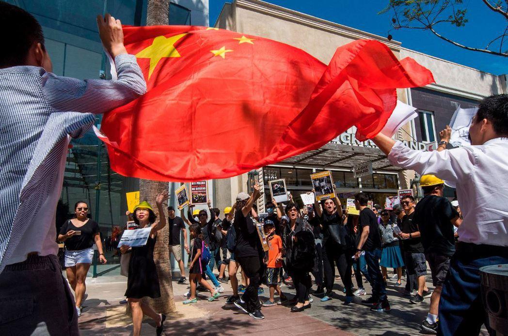 中國政府從來都不允許人民擁有言論自由,只允許自己的人民進行政治宣傳。 圖/法新社